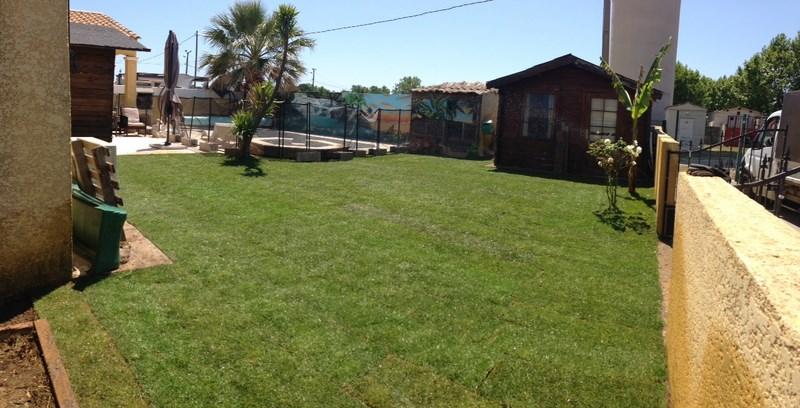 Création d'une pelouse avec arrosage à Mudaison (après)